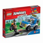 10735 LEGO® Juniors Police Truck Chase