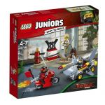 10739 LEGO® Juniors Shark Attack