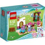 41143 LEGO® Disney™ Berry's Kitchen