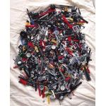 2kg Lots of Pre-Owned Technic LEGO®