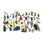 9348 LEGO® Community Minifigure Set