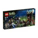 9466 LEGO® Monster Fighters The Crazy Scientist & His Monster