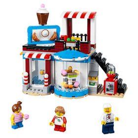 31077 LEGO® CREATOR Modular Sweet Surprises